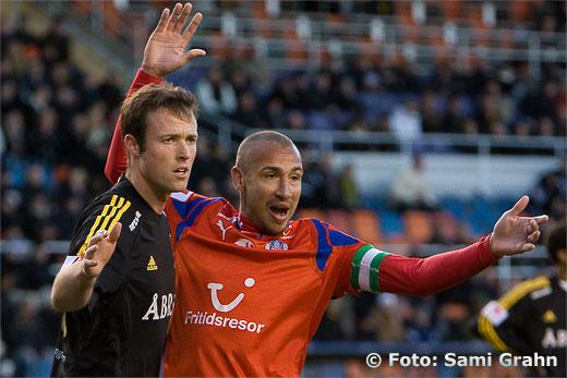 Henrik Larsson trängs med AIK 18 Markus Jonsson