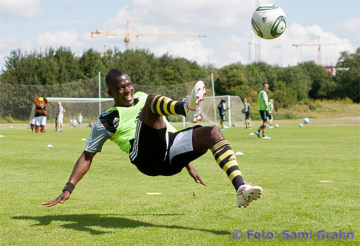 AIK 19 Ibrahim Bangura briljerar