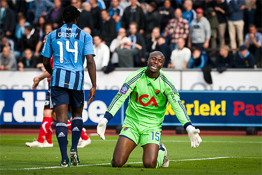 DIF målvakt Pa Dembo Touray