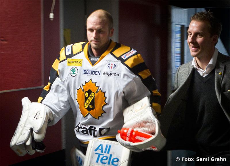 Skellefteå 1 Andreas Hadelöv och assisterande tränare Bert Robertsson