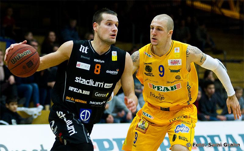 Norrköping Dolphins 8 Edgars Jeromanovs och Solna Vikings 9 Tyler Laser