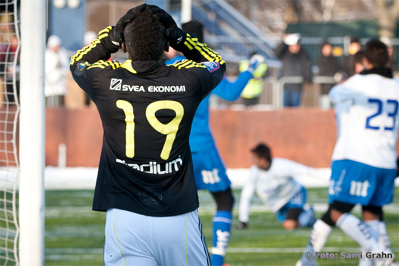 "AIK 19 Alhassan A. ""Crespo"" Kamara deppar"