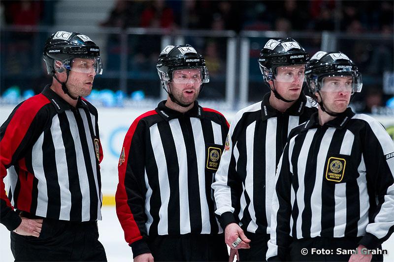 Domare David Bergman, Ulf Rönnmark, Fredrik Altberg och Emil Wernström