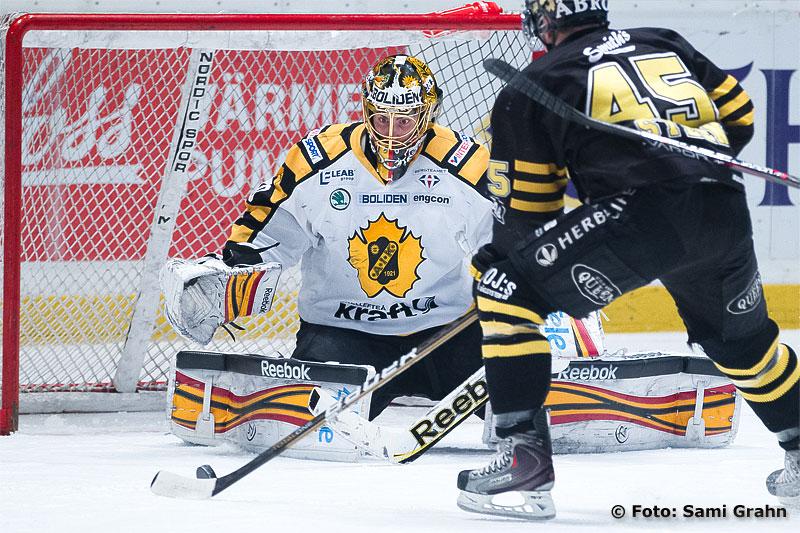 AIK 45 Oscar Steen utmanar Skellefteå 30 Joacim Eriksson