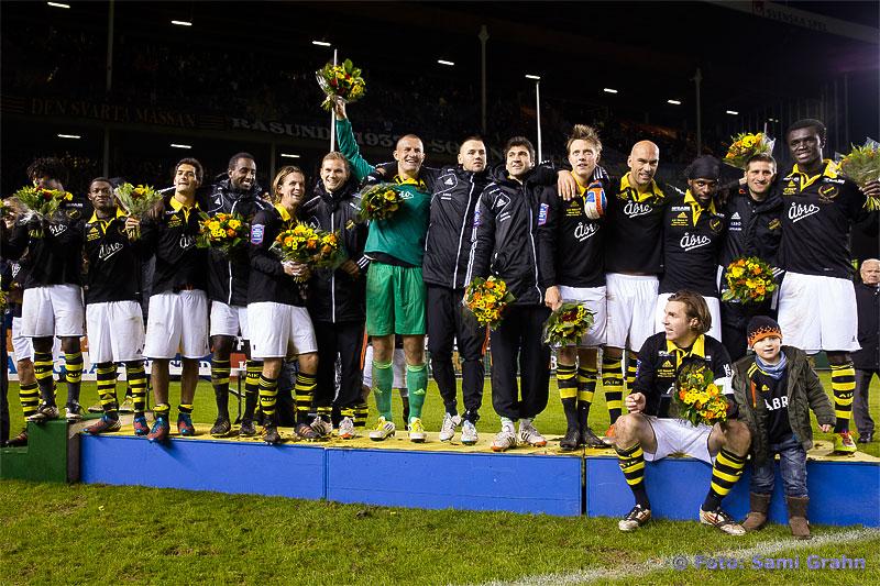 Euforisk glädje på prispallen trots en blygsam fjärdeplats i Allsvenskan