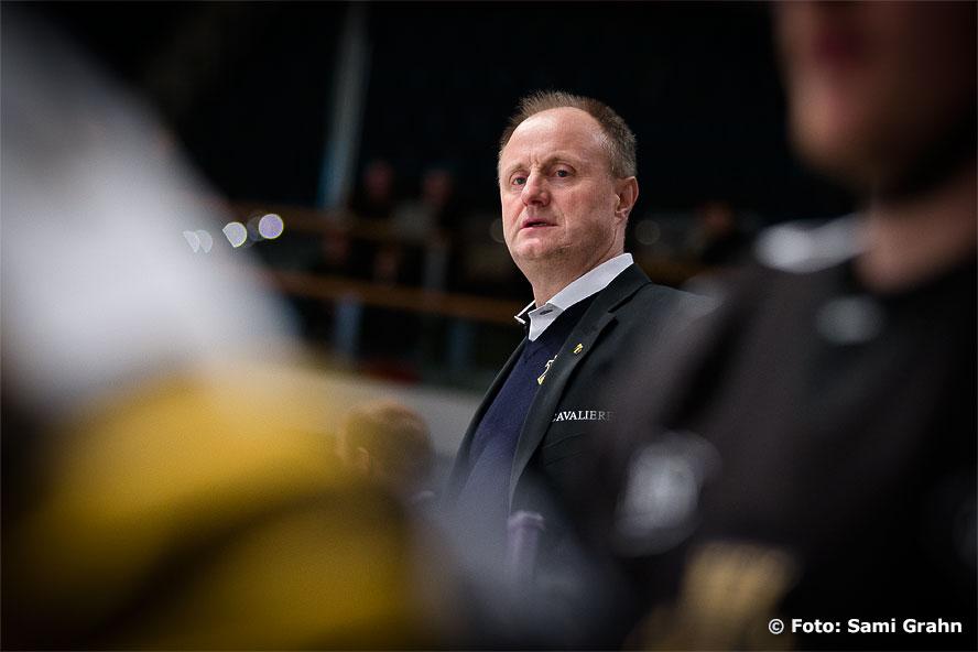 AIK:s nye tränare Anders Eldebrink i båset