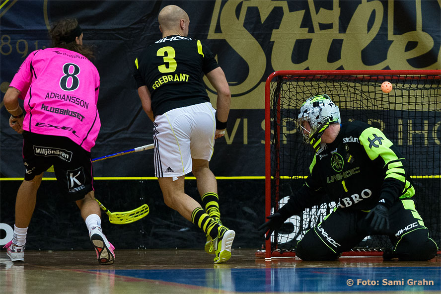 Nr 8 Jonas Adriansson gör Faluns mål nr 8