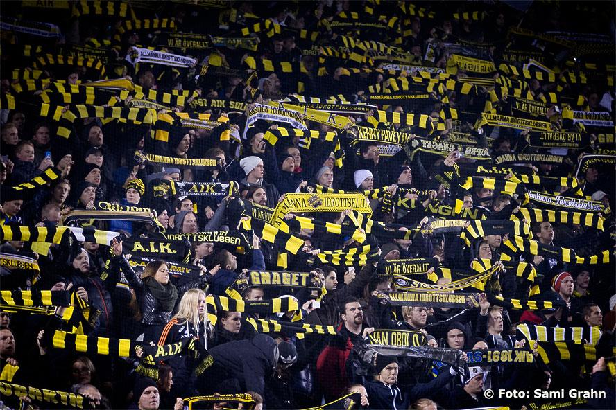 28 552 personer såg sista matchen på plats
