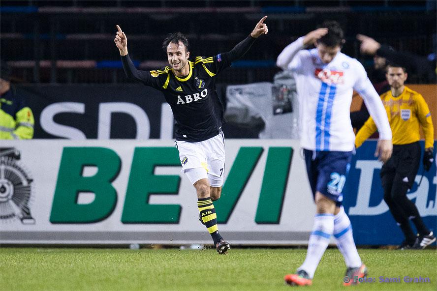 Måljubel av AIK 7 Helgi Danielsson