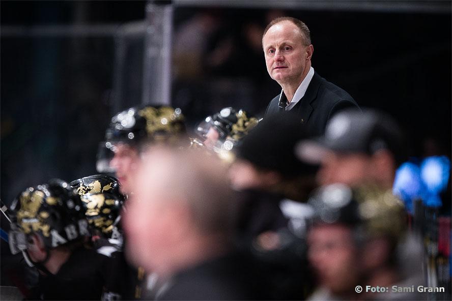 AIK huvudtränare Anders Eldebrink vädrar slutspelsluft