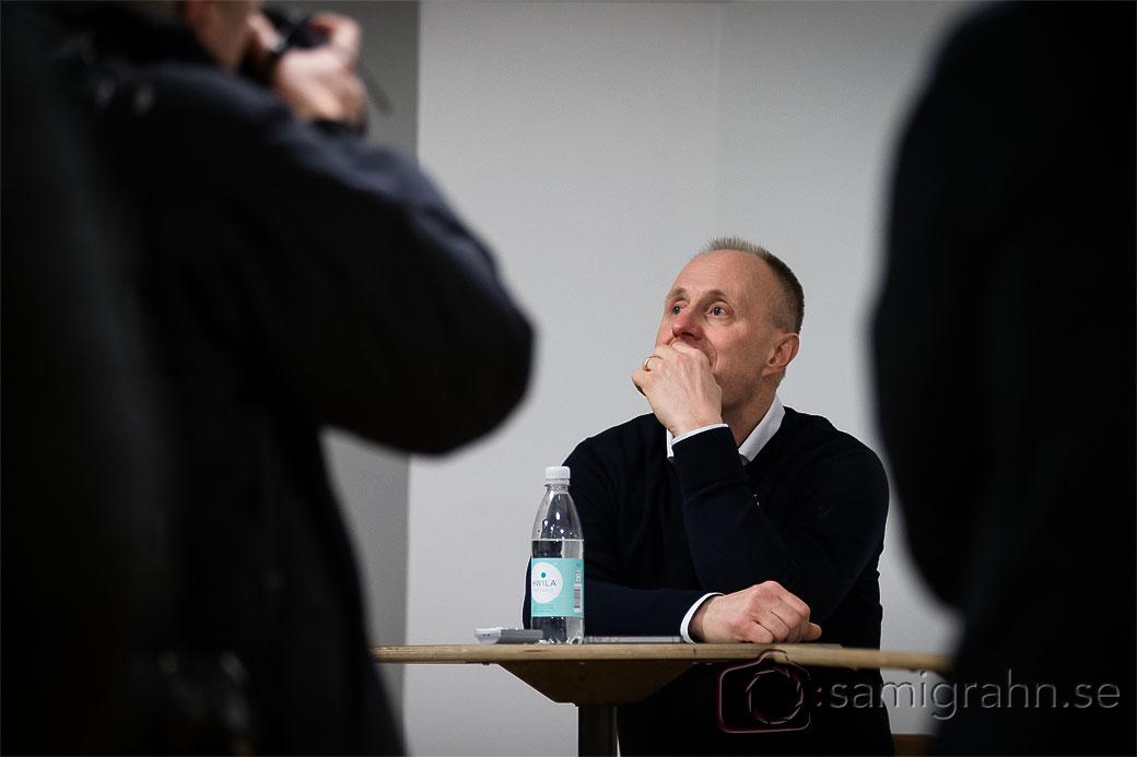 AIK tränare Anders Eldebrink funderar över sin framtid