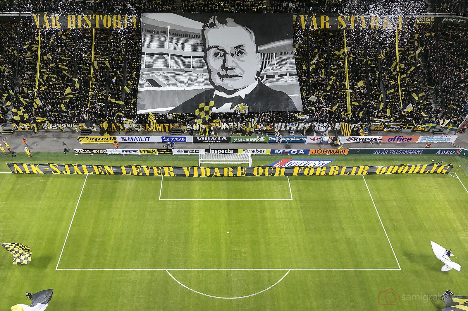 AIK-publik på Norra Stå i Friends Arena
