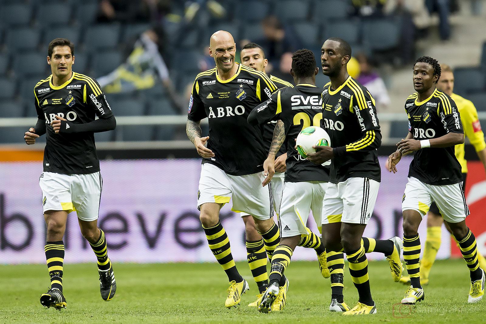 Glädje efter nickmål av AIK Daniel Majstorovic