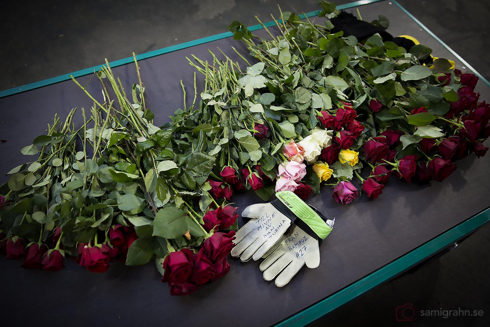 Blommor till minne av Ivan Turina