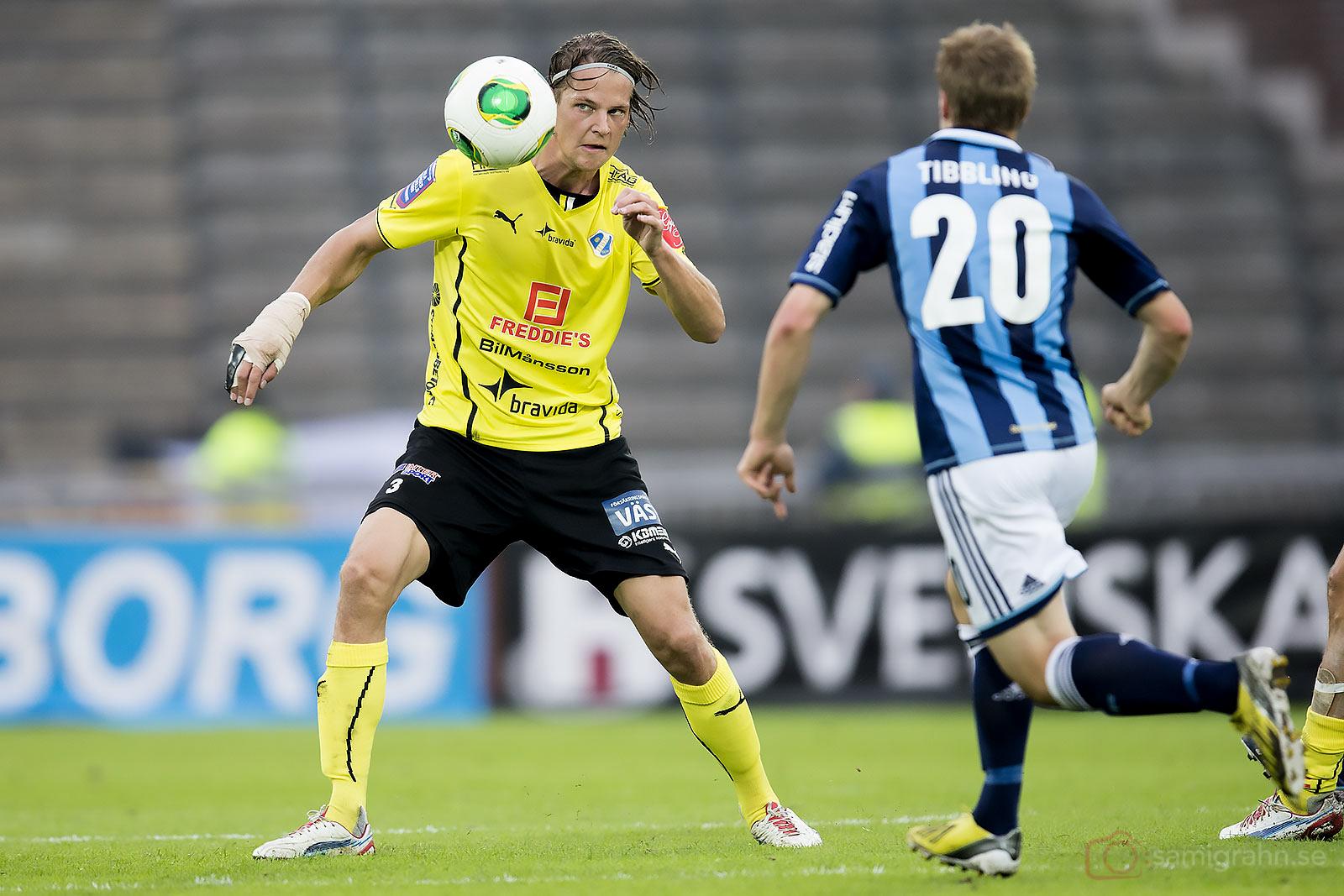 Halmstad Fredrik Liverstam och Djurgården Simon Tibbling