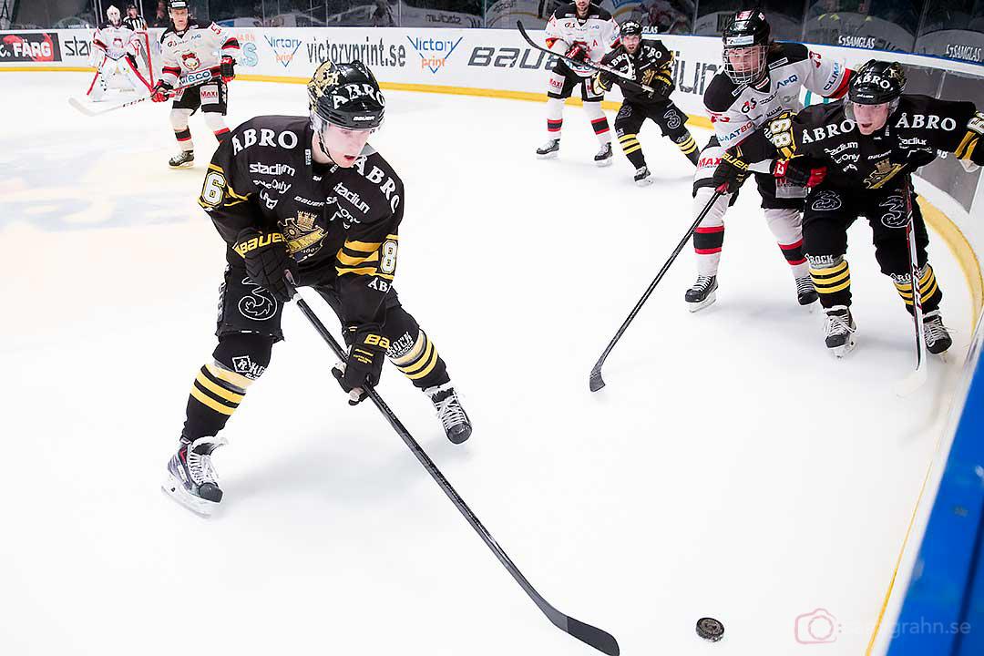 AIK Oscar Ahlström, Malmö Rasmus Andersson och AIK Victor Ahlström