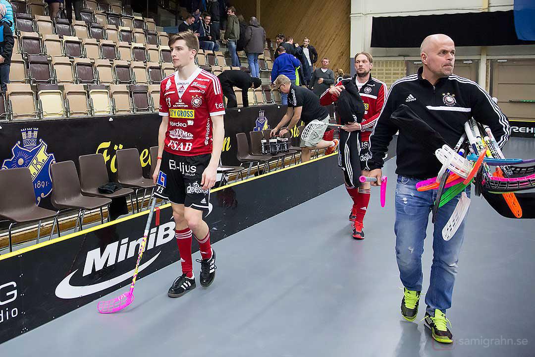 Storvreta Mattias Samuelsson och till höger materialare Mikael Jansson