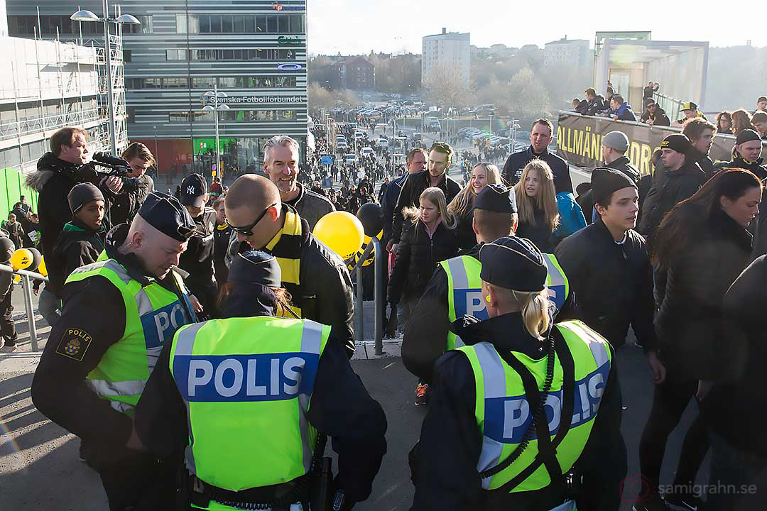 Polisnärvaro före match