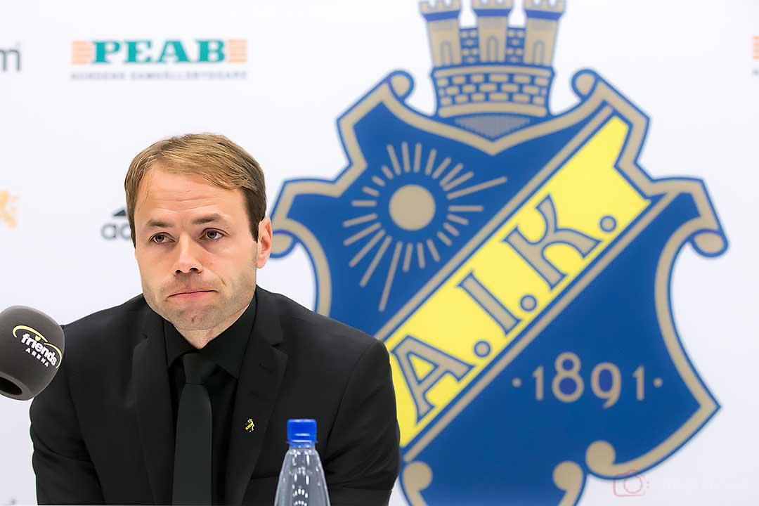 En dämpad Andreas Alm på presskonferensen efter segermatchen mot IFK Göteborg
