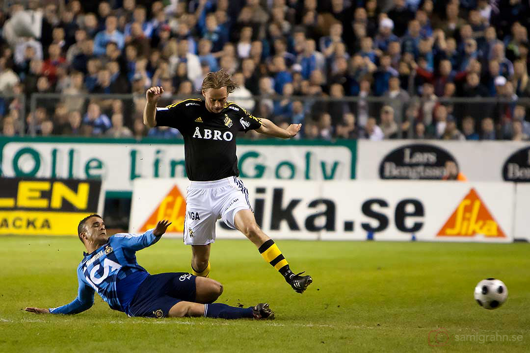 DIF glidtacklar AIK Patrik Bojent