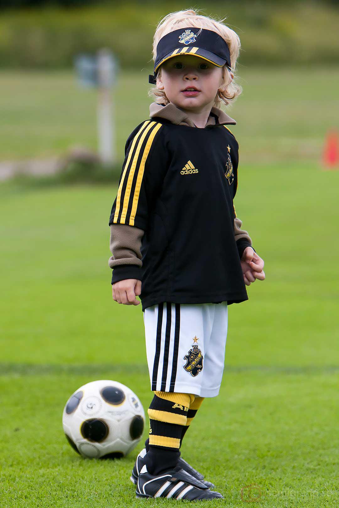 En ung AIK-supporter