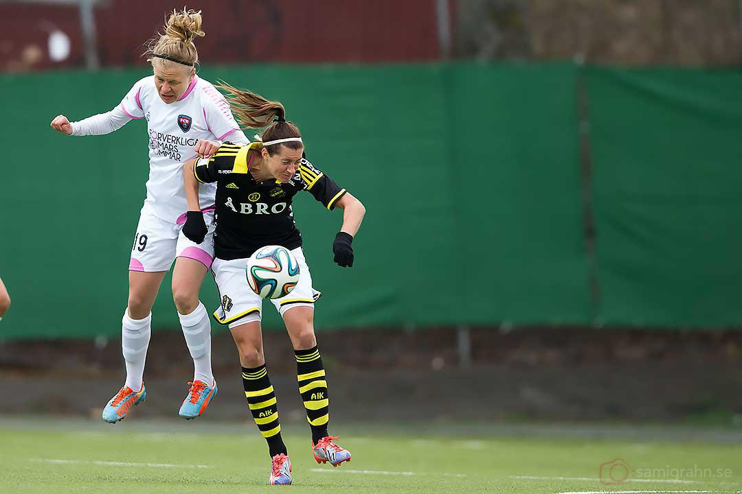Rosengård Katrin Schmidt och AIK Madeleine Tegström