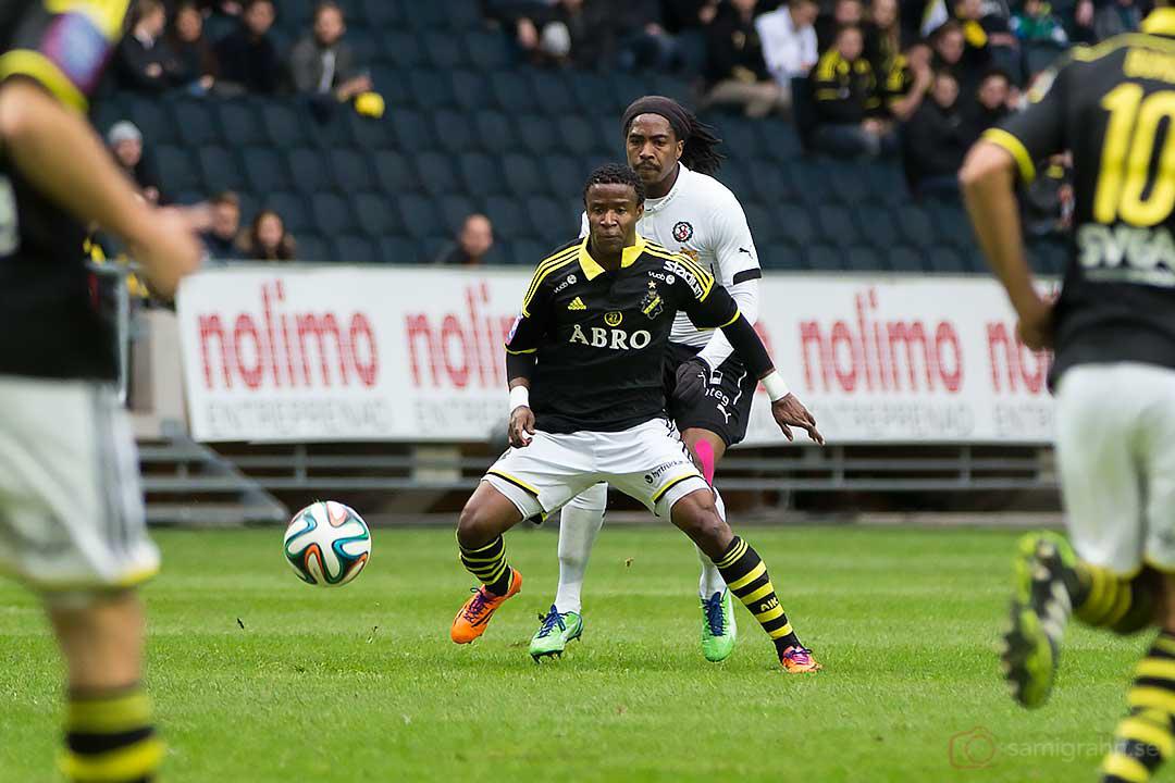 AIK Kennedy Igboananike och Örebro Ayanda Nkili