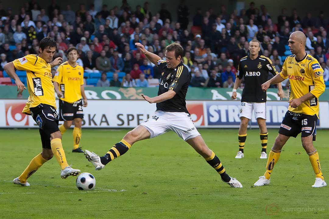 AIK Markus Jonsson sträcker på sig