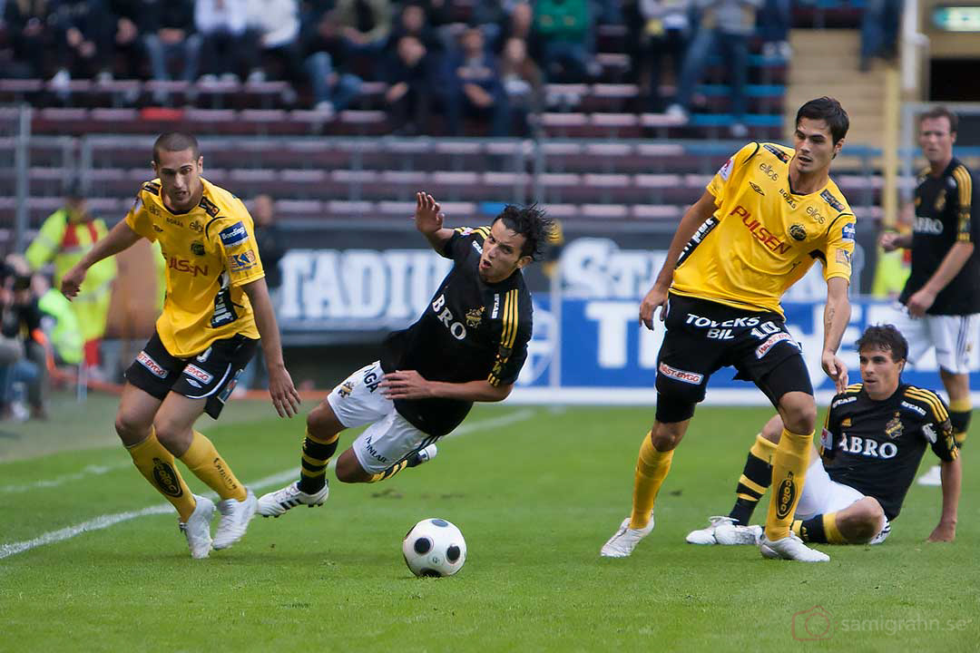 AIK Jorge Ortiz faller, Daniel Mendes ligger redan