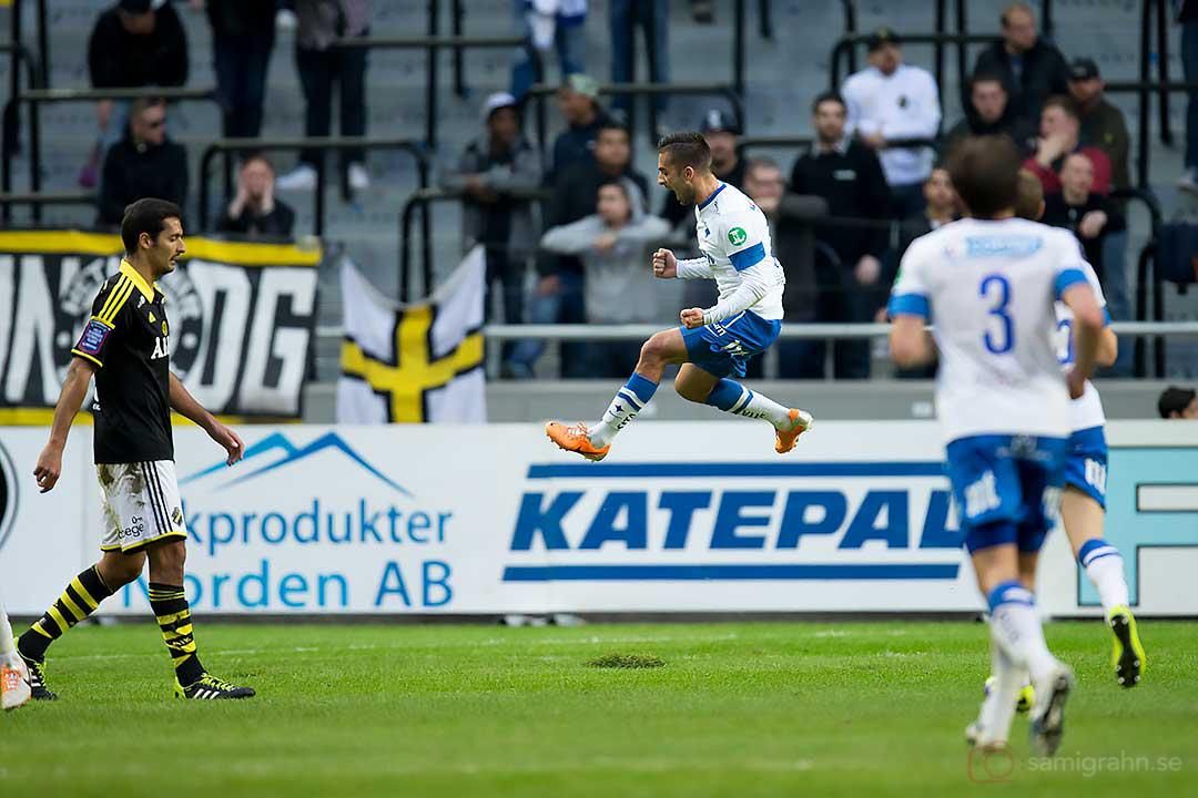 IFK Norrköping Christopher Nilsson Telo skuttar av glädje efter sitt 1-0-mål
