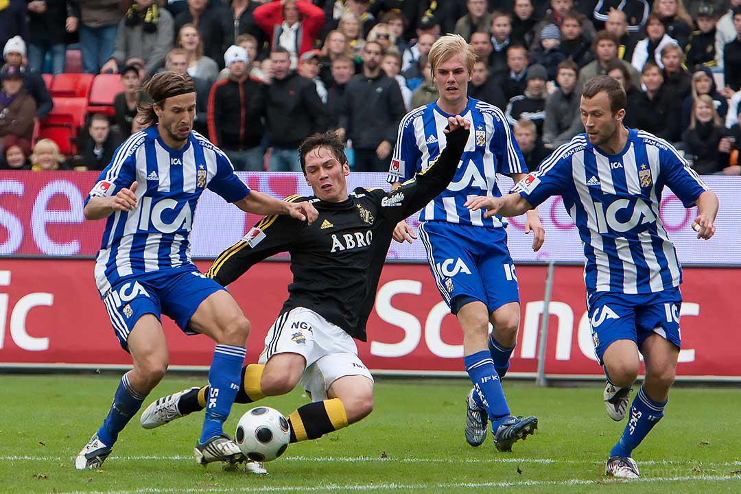 AIK Miran Burgic fastnar