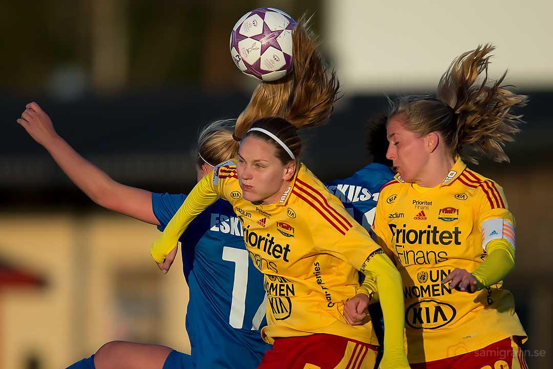 Nickduell Eskilstuna Elin Wahlström, Tyresö Lisa Dahlkvist och Linda Sembrant
