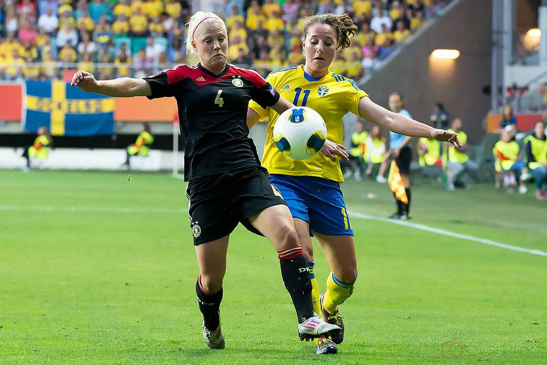Tyskland Leonie Maier och Sverige Antonia Göransson