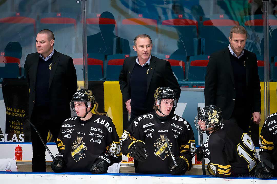 AIK:s tränartrio: Mats Bäcklin, Rikard Franzén och Mats Lindgren