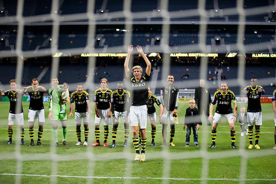AIK Anton Salétros leder tacken till klacken