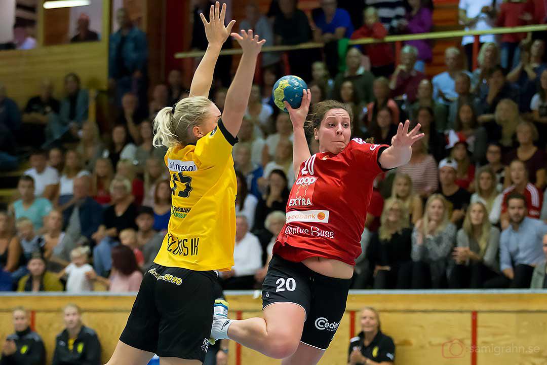 Eslöv Rebecca Isaksson lyckas inte stoppa Skånela Josefin Ekwall