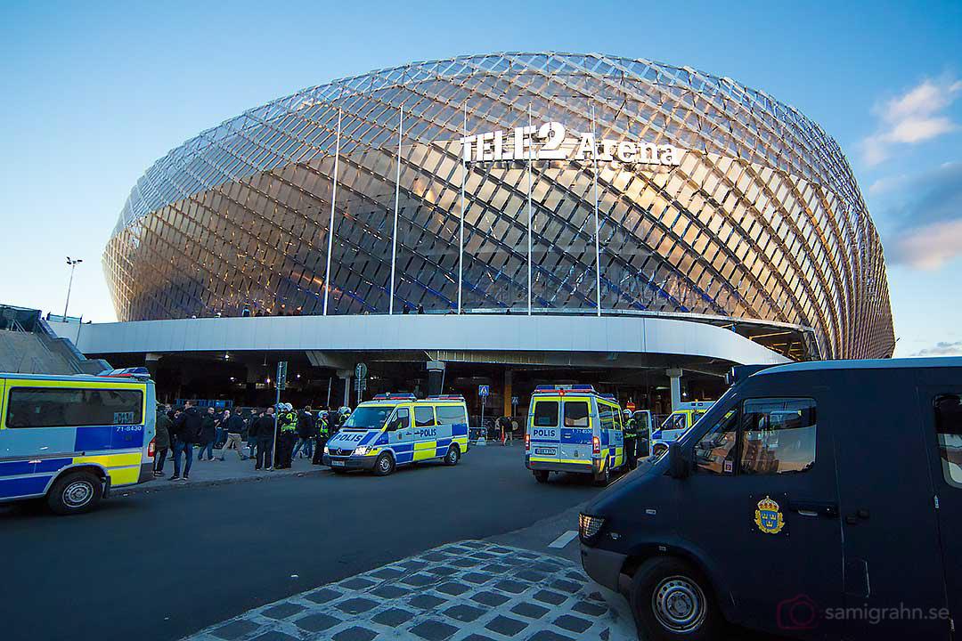 Polisen rustar inför derbyt utanför Tele2 Arena
