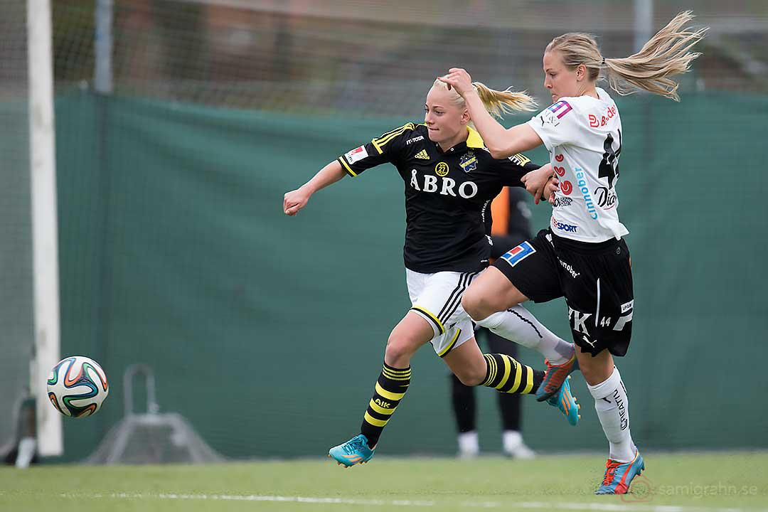 AIK Sarah Storck störtar förbi Umeå Lisa Lantz