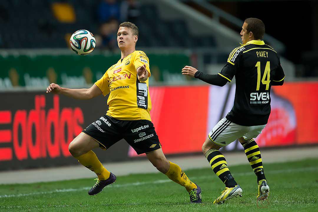 Elfsborg Viktor Claesson och AIK Kenny Pavey