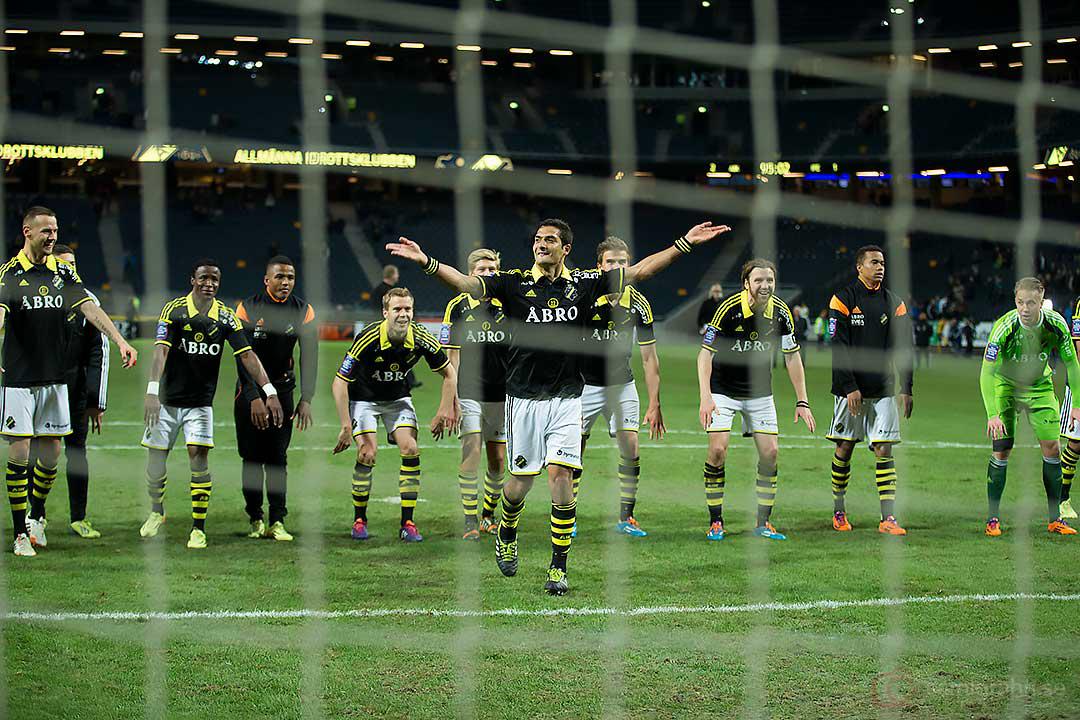 AIK Celso Borges tar emot publikens jubel