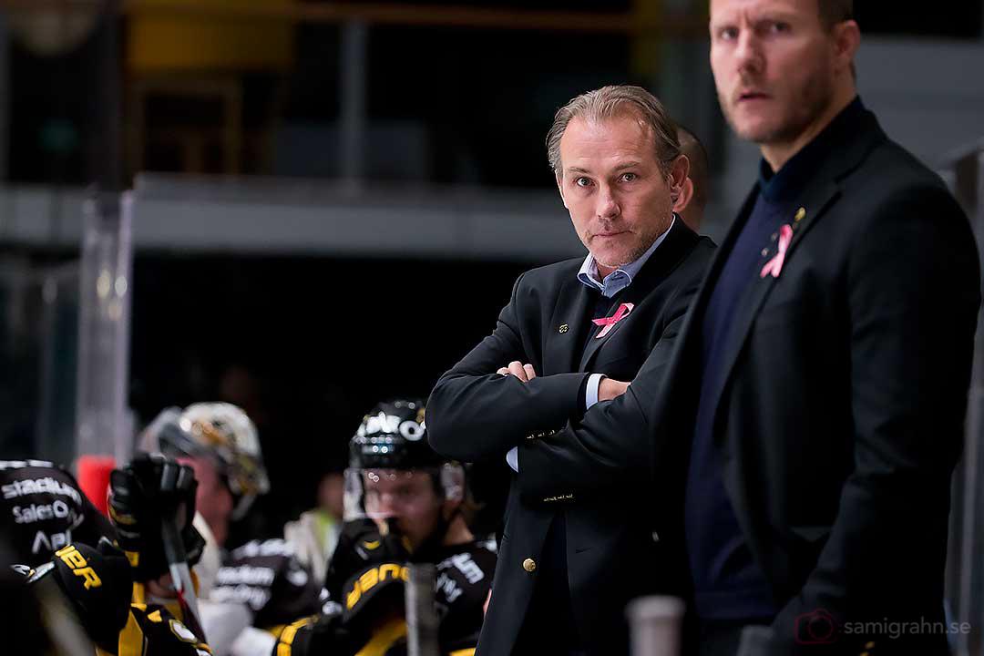 AIK tränare Rikard Franzén blänger tillbaka