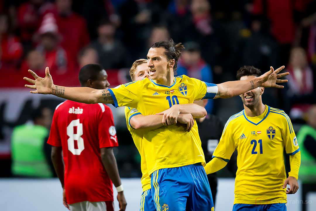 Så här glad är Sverige Zlatan Ibrahimovic efter 2-1-målet i 86:e minuten