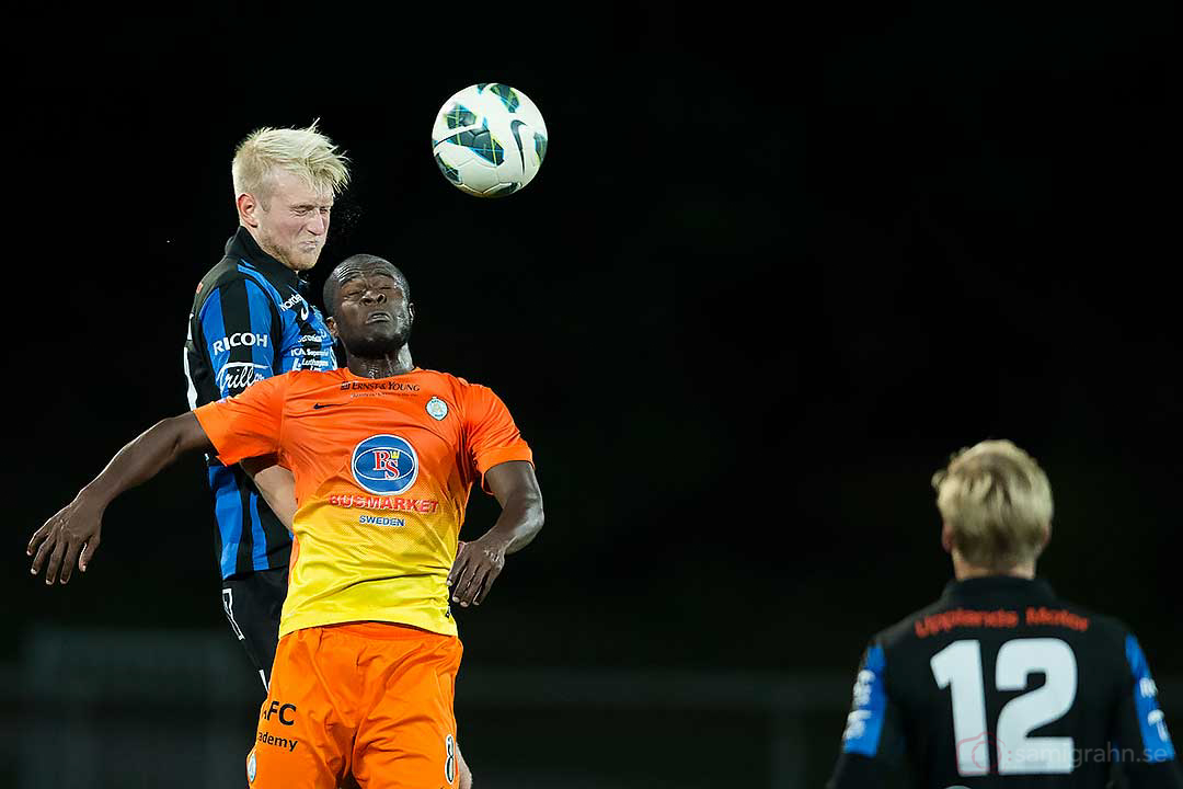 Sirius Carl Nyström och AFC Chima Daniel Uchechi