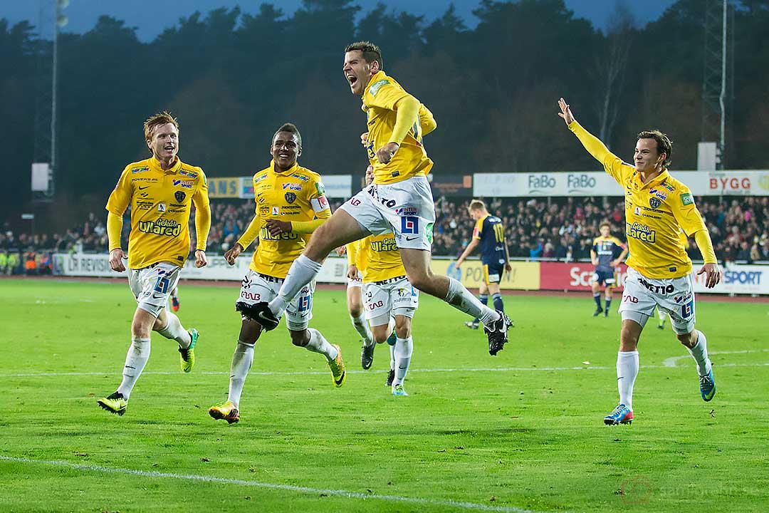 Falkenberg Stefan Rodevåg jublar efter 4-2-målet