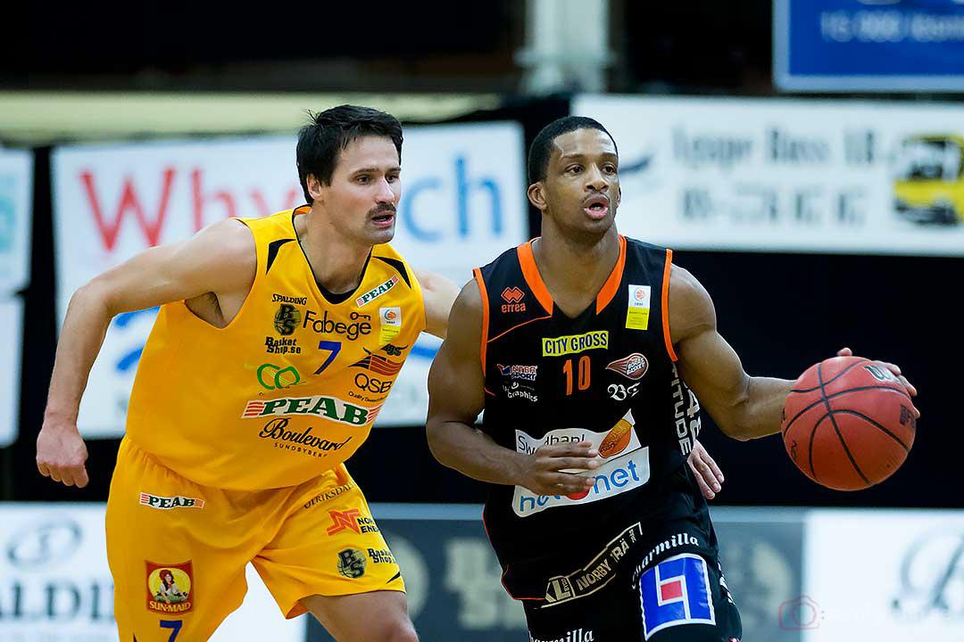 Solna Vikings Mats Levin och Borås James Miller Jr