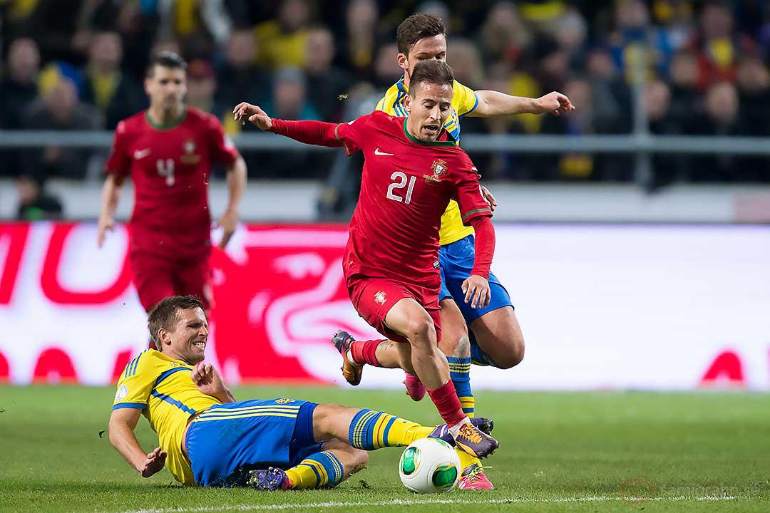 Sverige Anders Svensson bryter Portugal João Pereira