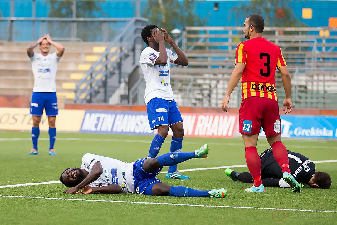 Värnamo Herve Christian Tchami Ngangoue och Benjamin Annan Fadi är besvikna
