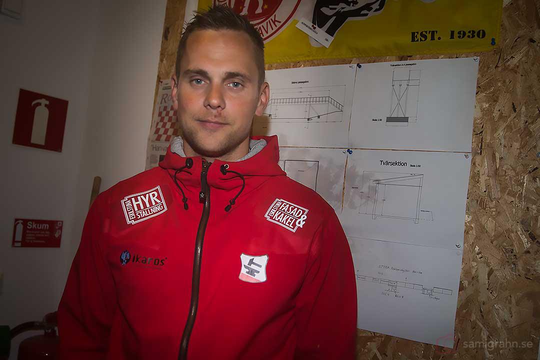 Smedernas lagledare Jimmy Jansson ser inte allt för ledsen ut trots inställd tävling