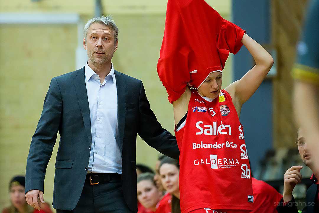 Sallén head coach Bo Eriksson och Sallén Anette Johansen