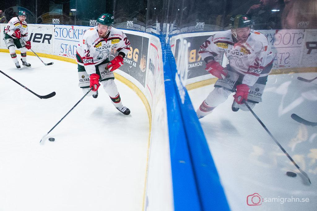 Tingsryd Markus Persson speglar sig på Hovet